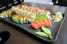 Wann Izakaya in Seattle Sushi Recipes, Baby Food Recipes, Healthy Recipes, Japanese Food Sushi, Sushi Love, Sushi Party, Good Food, Yummy Food, Pub Food