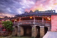 """Some people do not know that what they can do in Hoi An. Today, """"Hoi An walking tour"""" topic will supply you a lot of interesting things that you can explore Vietnam Hotels, Visit Vietnam, Vietnam Tours, Vietnam Travel, Hoi An, Laos, Vietnam Holidays, Weird Pictures, Da Nang"""