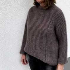 Mohairpullover Annette [Strickanleitung] Halbpatent – Woll-Inspiration Pullover, Turtle Neck, Inspiration, Sweaters, Fashion, Knitting Needles, Mandarin Collar, Threading, Get Tan