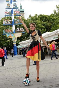 WM Dirndl 2014 Angermaier