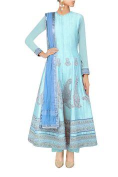 light blue suit for summer weddings