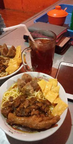 Food N, Food And Drink, Snap Food, Food Snapchat, Indonesian Food, Aesthetic Food, Cute Food, Food Cravings, Food Pictures