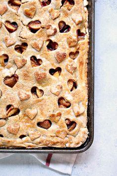 Rustic Peach Slab Pie from cravingsofalunatic.com- This rustic pie recipe is…