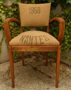 fauteuil Bridge 1 Upcycled Furniture, Furniture Projects, Vintage Furniture, Painted Furniture, Diy Furniture, Chair Makeover, Furniture Makeover, Chair And Ottoman, Armchair