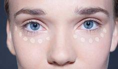 """Další díl fotoseriálu odomácí kosmetice věnujeme kouzelným přírodním olejům. Vyrobíme přírodní """"elixír mládí""""– luxusní obličejové sérum proti…"""