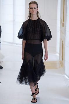 Christian Dior Fall 2016 Couture Collection Photos - Vogue