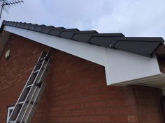 Before and after photos of the fascia soffit and guttering job in Wolverhampton fitted by upvc houselift. #fascia  #fasciasoffitgutterig  #upvcfascia  #upvc  #upvcwindows  #upvcdoors  #wolverhampton  #rubberroofs  #guttering  #conservatories  #cannock  #soffits