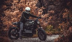 DeAngelisElaborazioni - My garage Build A Bike, Cc Images, Bmw Scrambler, Bmw K100, Custom Bikes, Garage, Vehicles, Military, Custom Motorcycles