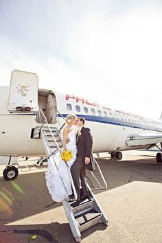 A Modern Wedding on an Aeroplane: Robyn & Tom Aviation Wedding Theme, Airplane Wedding, Aviation Theme, Wedding Pics, Wedding Shoot, Wedding Ideas, Summer Wedding, Wedding Stuff, Airport Wedding