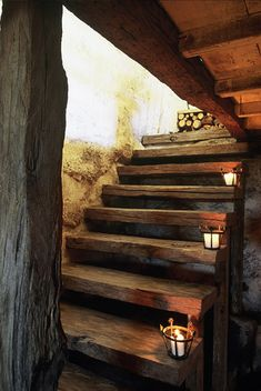 Lighting idea for porch/deck steps Rustic Staircase, Staircase Ideas, Interior Staircase, Shepherds Hut, Wooden Stairs, Stairway To Heaven, Log Homes, Architecture, Stairways