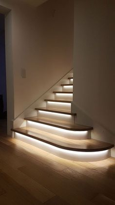 Home Stairs Design, Home Room Design, Dream Home Design, Modern House Design, Home Interior Design, Modern House Facades, Stair Design, Mansion Interior, Staircase Lighting Ideas