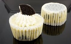 Oreo cookies and cream cheesecake cupcakes, Martha Stewart's cupcake recipes, cookies and cream cheesecakes recipe