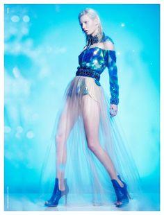 Modelo Aline Thiel é a sereia do verão 2013 de Vitor Zerbinato