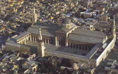Gran Mezquita de Damasco (Siria), siglo VIII. Una de las más antiguas y grandes del mundo. Construida bajo el mandato de Walid I.