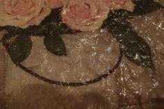 keramická drť pod ubrouskem