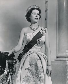 Official portrait of H.M.The Queen