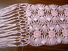 Via this link are several hairpin lace diagrams