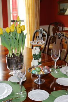 Happy Easter Tablescape by Gray Estates www.GrayEstates.com