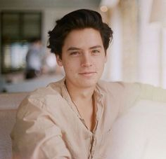 Find images and videos about boy, riverdale and cole sprouse on We Heart It - the app to get lost in what you love. Cole M Sprouse, Cole Sprouse Shirtless, Sprouse Bros, Cole Sprouse Funny, Cole Sprouse Jughead, Dylan Sprouse, Cole Sprouse Lockscreen, Cole Sprouse Wallpaper, Lili Reinhart
