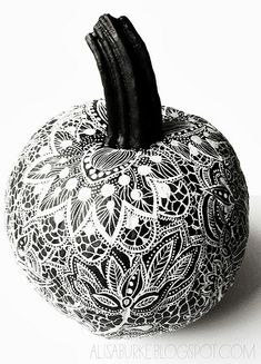 ikat chevron pumpkins halloween pinterest deko. Black Bedroom Furniture Sets. Home Design Ideas