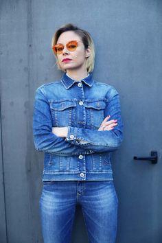 Lucia Del Pasqua, Ambassador dello Stile della Leggerezza e Style Blogger di Fashion Politan vede il monto tinto di arancione.