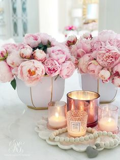 Spring Floral Arrangements using Fresh or Faux Florals 2019 Spring Floral Arrangements using Fresh or Faux Florals Randi Garrett Design The post Spring Floral Arrangements using Fresh or Faux Florals 2019 appeared first on Floral Decor. Peonies Wallpaper, Frühling Wallpaper, Peony Arrangement, Floral Arrangements, Peonies Centerpiece, Candle Arrangements, Furniture Arrangement, Deco Rose, Pink Home Decor