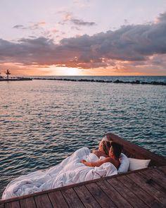 Romantic Getaway to Aruba honeymoon - honeymoon destinations - honeymoon night - honeymoon tips - ho Romantic Vacations, Romantic Places, Beautiful Places To Travel, Romantic Getaways, Dream Vacations, Romantic Travel, Romantic Bath, Romantic Honeymoon Destinations, Romantic Gifts