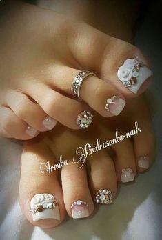42 Ideas For Cute Pedicure Designs Summer Style Pretty Toe Nails, Cute Toe Nails, Cute Acrylic Nails, Pretty Toes, Toenail Art Designs, Pedicure Designs, Pedicure Nail Art, Pedicure Ideas, Purple Pedicure