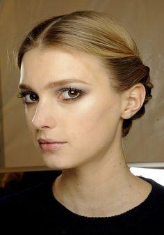 Make-up défilé Valentino automne-hiver 2012-2013/Perfection @Vogue Paris