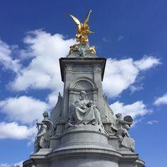 #유럽 #여행 #영국 #런던 #london #버킹엄궁전 #buckinghampalace #victoriamemorial 뒷태 by han_kil_kim