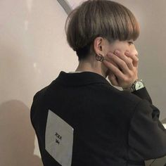 Find images and videos about fashion, cute and hair on We Heart It - the app to get lost in what you love. Cool Haircuts, Haircuts For Men, Medium Hair Cuts, Short Hair Cuts, Shot Hair Styles, Long Hair Styles, Two Block Haircut, Korean Haircut, Kpop Hair