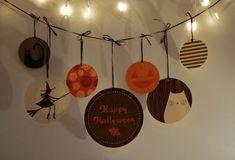 http://jamiebrock.hubpages.com/hub/Best-Free-Halloween-Printables