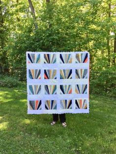 Sunrise Baby Quilt by Salty Oat. Pattern by Carolyn Friedlander Paper Piecing Patterns, Quilt Patterns, Quilt Inspiration, Quilt Making, Baby Quilts, Sunrise, Baby Boy, Holiday Decor, Blog