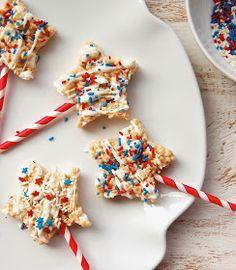 Double marshmallow Rice Krispie treat pops are a fun dessert for the 4th of July or Memorial Day!