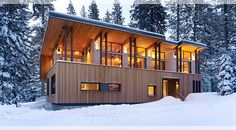 Cedar-clad house at Sugar Bowl, near Lake Tahoe, designed by John Maniscalco Architecture. Photo by Matthew Millman.