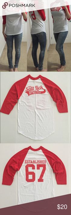 """[baseball tee] Texas """"The Salt Lick"""" women's tee S [baseball tee] Texas """"The Salt Lick"""" women's tee S •🆕listing •great pre-owned condition, worn once •3/4 sleeved red/white baseball tee •tag size S, may also fit XS, tight neck •material 50% cotton 50% polyester •The Salt Lick BBQ in Driftwood, Texas •offers welcomed using the offer feature or bundle/bundle offer for the best discount• Tops Tees - Long Sleeve"""