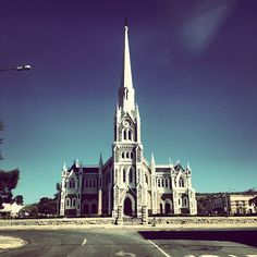 Beautiful Architecture - The Dutch Reformed Church in Graaff-Reinet is labelled as a replica of the Salisbury Cathedral in England. For more information on the church & the quaint town of Graaff-Reinet see Pic by Salisbury Cathedral, Les Religions, Cathedral Church, Beaches In The World, Most Beautiful Beaches, Place Of Worship, Beautiful Architecture, Cathedrals, Inner Peace
