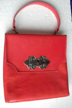 Красная детская сумка. Больше игрушек - http://samoe-vazhnoe.blogspot.ru/ #сумки