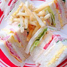 病院で待ち2時間...処方箋で30分σ(^_^;) 帰ってきたらこんな時間 ポテトだけ揚げて、買って来たサンドウィッチ - 86件のもぐもぐ - Sandwich&French Fry手抜き by Ami