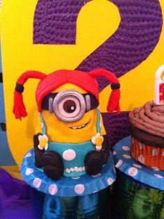 Minions cupcakes #minions #cupcakes #despicableme