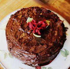 Päärynä-suklaakakku