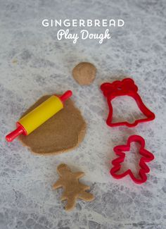 Gingerbread Play Dough on BusyMommyMedia.com | This holiday play dough smells absolutely amazing!! What a fun kids activity for Christmas!
