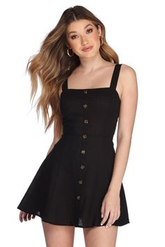 Find women's casual dresses and day dresses at Windsor Store for snap-worthy styles in short casual or long beach dresses perfect for layering with jackets. Women's Dresses, Cute Dresses, Short Dresses, Fashion Dresses, Mini Dresses, Elegant Dresses, Sweater Dresses, Short Mini Dress, Summer Dresses