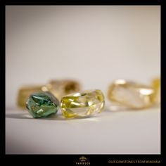Our gemstone from Windiam #vaneyckjewelry