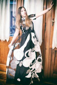 Federica: immortalata prima del suo special event in un meraviglioso abito di Marras dipinto a mano .. disponibile su -->http://drexcode.com/prodotto/abito-lungo-fantasia/