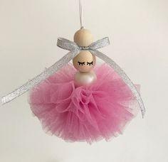 """Le produit """"Maë la ballerine"""" tutu rose pailleté personnalisable est vendu par Spring in December dans notre boutique Tictail.  Tictail vous permet de créer gratuitement en ligne un shop de toute beauté sur tictail.com"""