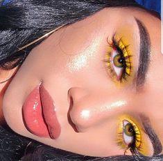 smoky eyes, bold lipstick and nail art. Beautiful, natural make-up, make-u … – smoky eyes, bold lipstick and nail art. Cute Makeup, Gorgeous Makeup, Glam Makeup, Pretty Makeup, Skin Makeup, Makeup Inspo, Makeup Inspiration, Eyeshadow Makeup, Beauty Makeup