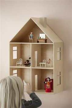 Small Scale  RESIN WALL UNIT DOLLS HOUSE