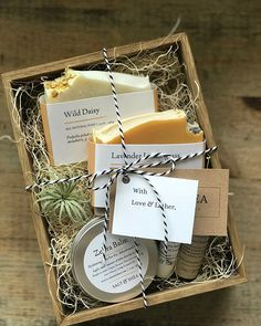 """Our First """"Meet the Maker"""" Small Business Interview Complements of Bramble Berry Our first """"small business Meet the Maker"""" interview, supplemented by Bra – Salt & Shea Skin Apothecary Gift Hampers, Gift Baskets, Handmade Soap Packaging, Packaging Boxes, Exfoliating Soap, Homemade Soap Recipes, Spa Gifts, Bramble, Maker"""