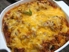 Low Carb Beef and Cheesy Spaghetti Squash Bake - Made 1/1/14 for a healthy dinner to start the new year, but used mozzarella instead of cheddar.